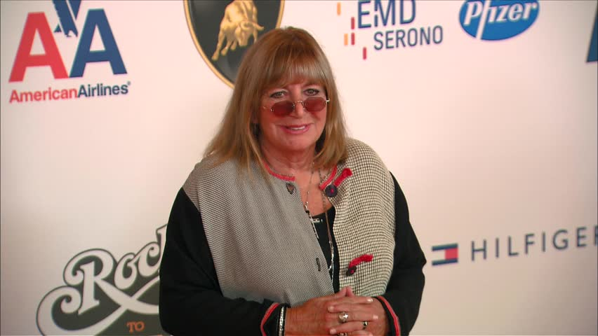 Los Angeles, CA - MAY 08, 2009: Penny Marshall, walks the red carpet at the Race To Erase MS 2009 held at the Hyatt Regency Century Plaza