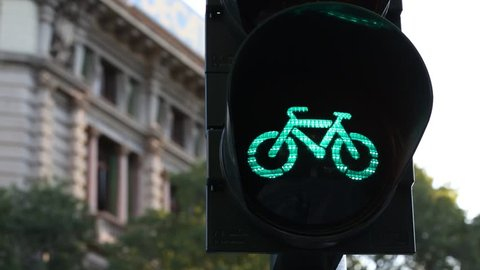 Milano bicycle traffic light turn on and off