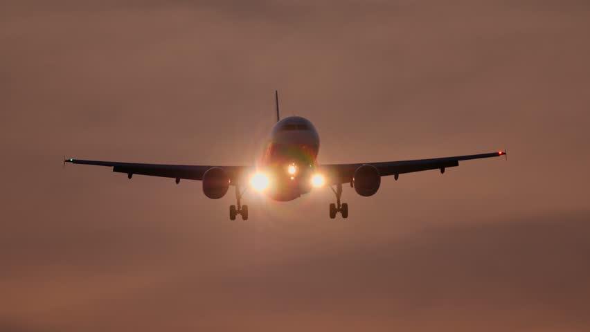 Jet Airplane Landing, Landing Lights, Stock Footage Video (100%  Royalty-free) 31250545 | Shutterstock