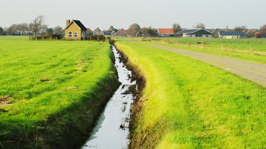 Header of polder