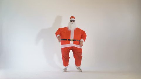 Cheerful Santa Claus partying on Christmas eve. 4K.