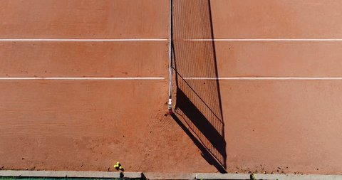 tennis young players on clay