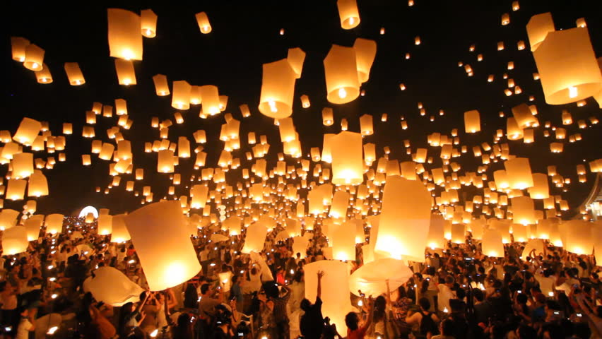 SANSAI, CHIANGMAI, THAILAND - NOV 24: Yee Peng Festival, Loy Krathong celebration with more than a thousand floating lanterns in Chiangmai, Thailand on November 24, 2012 | Shutterstock HD Video #3389084