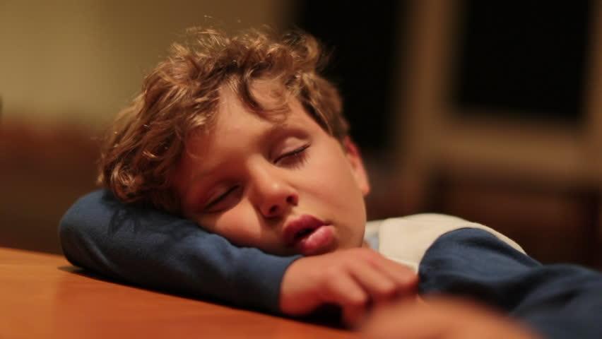 Young girl candid sleep — photo 12