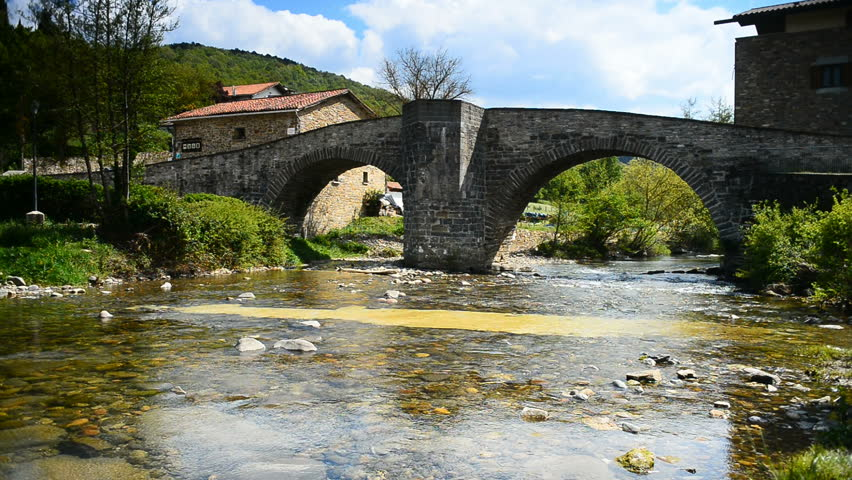 Resultado de imagen de el puente de la rabia