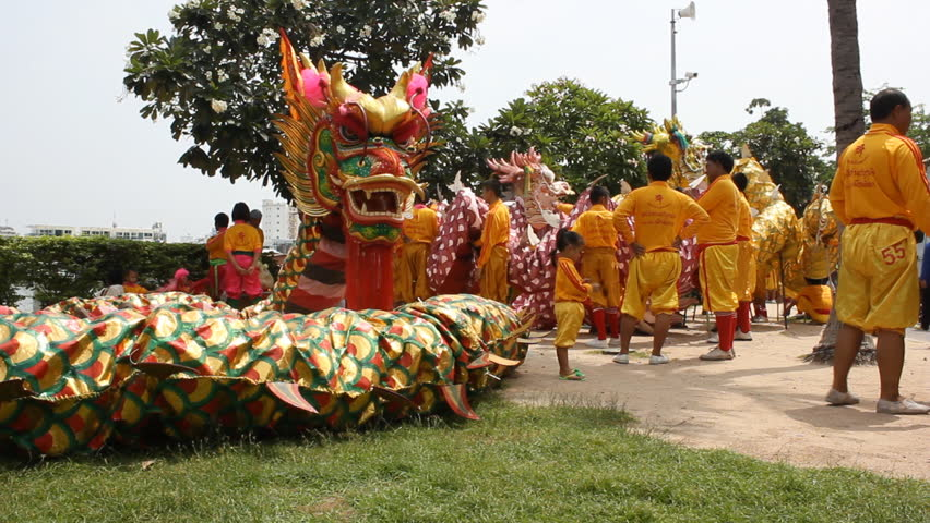 Shots For Thailand >> Two Shots Of Thai Dragon Performers In October 2012 Pattaya
