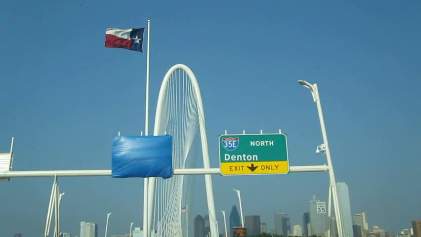 Scenic Drive over bridge in Dallas