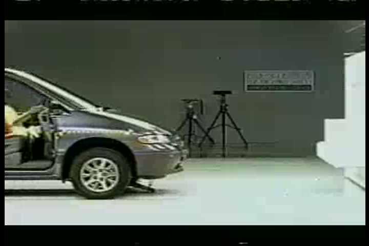 1990s - Dodge Grand Caravan crash test