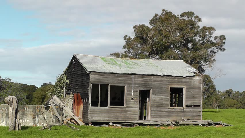 An Abandoned Farmhouse Near the Stock Footage Video (100% Royalty-free)  4341425 | Shutterstock