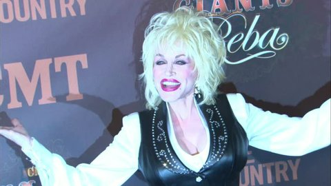 HOLLYWOOD - October 26, 2006: Dolly Parton at the CMT Giants Honoring Reba McEntire in the Kodak Theatre in Hollywood October 26, 2006