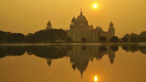 Victoria Memorial in the evening, Kolkata, India time lapse