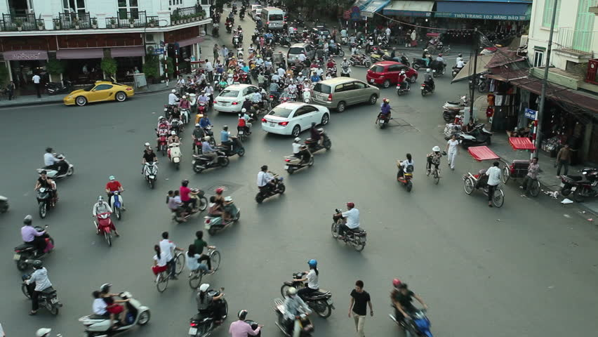 HANOI - SEPTEMBER 17: View of crazy traffic in Hanoi Hoan Kiem district (old