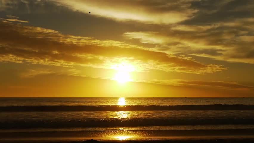 Time Lapse of Sunset at the Beach in Santa Monica, California | Shutterstock HD Video #5565185