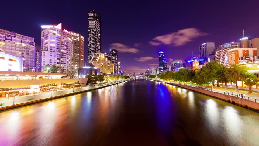 4k timelapse video of Yarra river in Melbourne at night