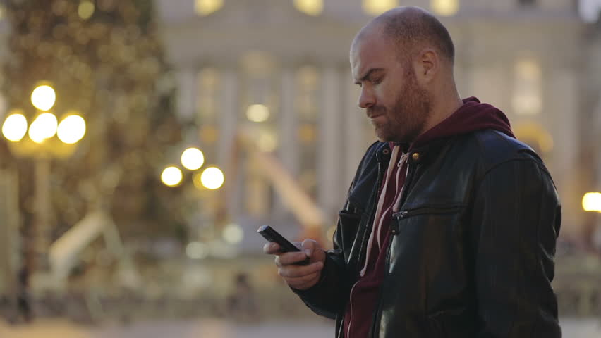 Tourist in Rome sends a text message with the cell phone from St. Peter's Square | Shutterstock HD Video #6196235