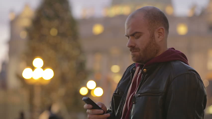 Tourist in Rome sends a text message with the cell phone from St. Peter's Square   Shutterstock HD Video #6196325