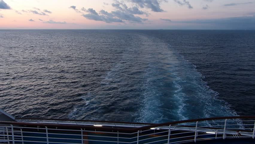 View from the end of the cruise ship._3 / Location: Sea of ??Okhotsk near the Sea of ??Japan. Date:September 6, 2014/  Taken in the early morning the state of the waves of the screw cruise ship make.