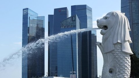 Singapore Merlion and skyline in the background