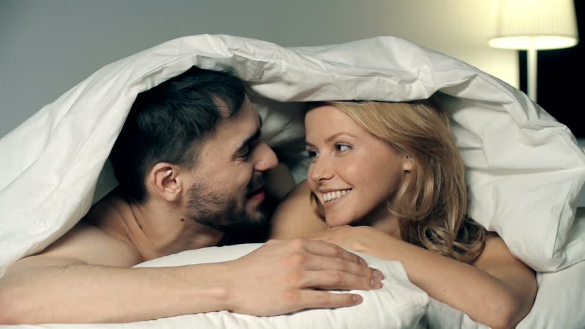 Video Couple Kissing Bed